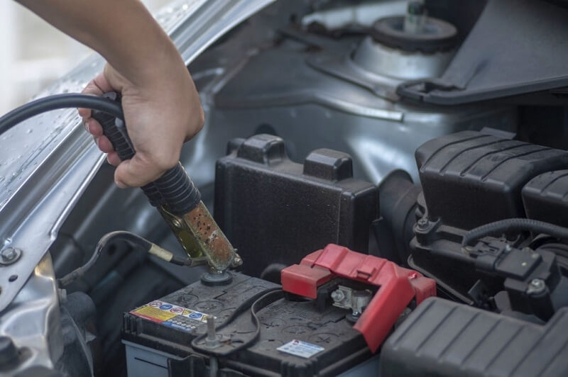 Car Battery is Completely Dead And Won't Charge